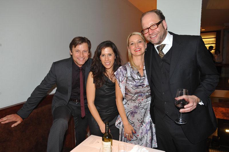 Crystal Bourbeau, Katherine LaNasa,  Alexander van Dülmen